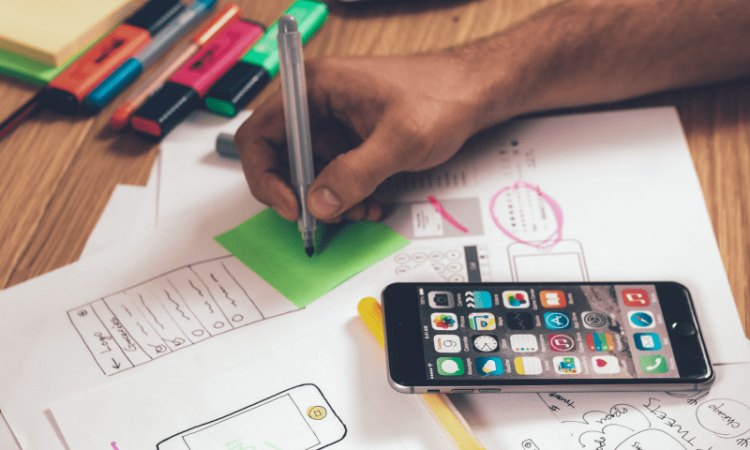 Developing mobile app marketing strategy